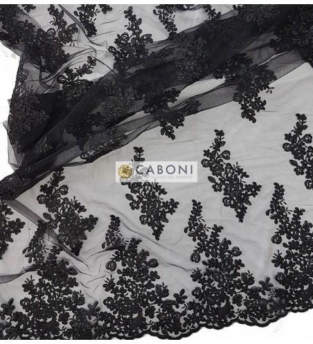 Pizzo Flor Nero su base nera