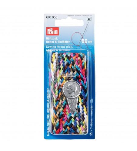 Treccia di fili da cucire